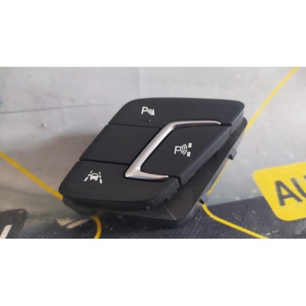 Кнопка парковки  на Buick Envision