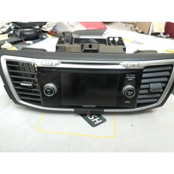Аудио модуль Экран CD-плеера  на Honda Accord 2015 Hybrid USA 39100-T3W-A820 39101-T3W-A830