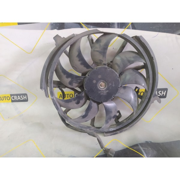 Диффузор крыльчатка с моторчиком (деф) на Infiniti EX35 2008-2013