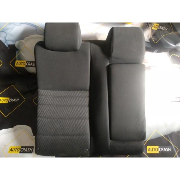 Задний ряд сидений правая спинка и подлокотник на Toyota Camry 55 2015-2017